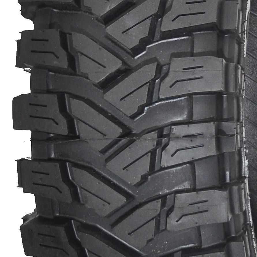640ae34f5 Off-road tire Plus 2 265 70 R15 Italian company Pneus Ovada
